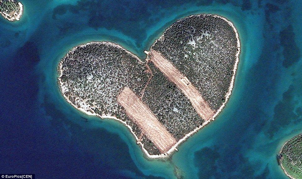 heart island with strips across