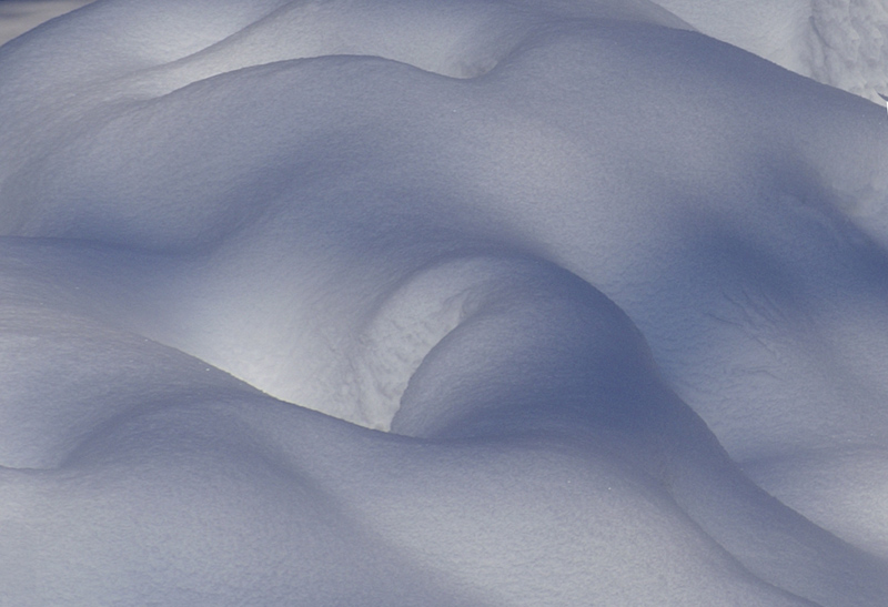 erotic shapes in snow