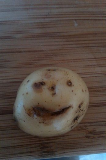 potato smiling face